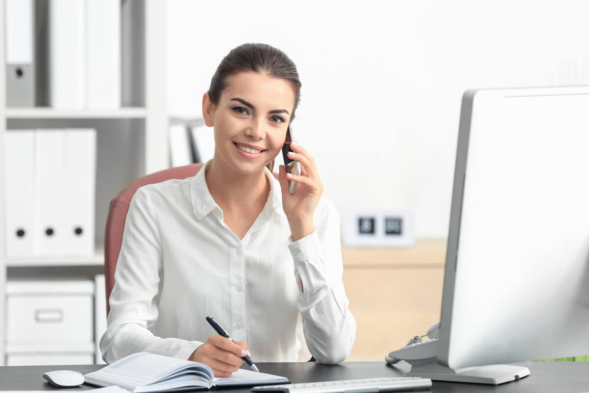 Kaufmann Frau Für Büromanagement